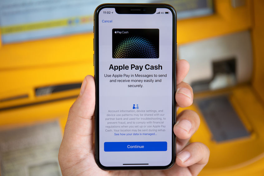 Designs.ai Apple Pay on Phone