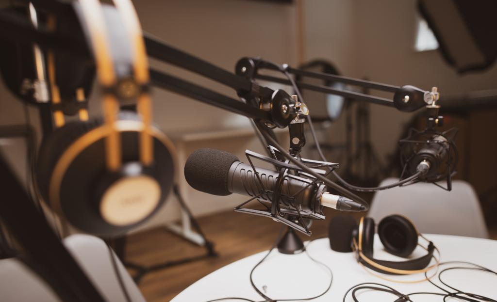 Designs.ai - Haga crecer su audiencia de podcast con estos 5 simples pasos